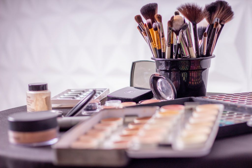 Start the makeup Business in uk
