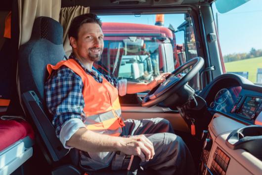 benefits of HGV driver job