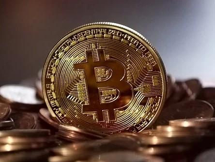 earn bitcoins free